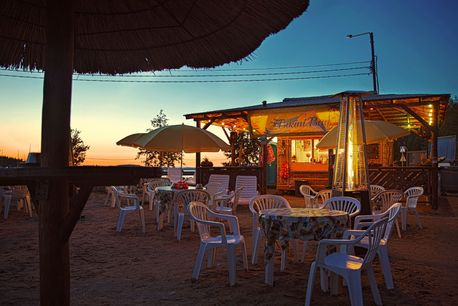 beach bar bikini bay ukonlinna